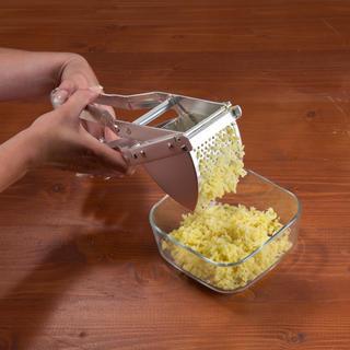 Nerezový lis na zemiaky