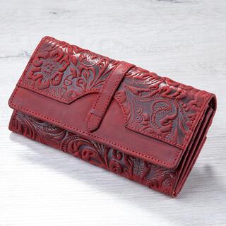 Kožená dámska peňaženka s reliéfom červená