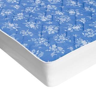 Prešívaný chránič matraca s aloe vera modrý s bielymi kvetmi