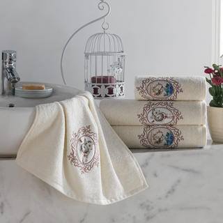 Sada froté uterákov s výšivkou béžová 4 ks
