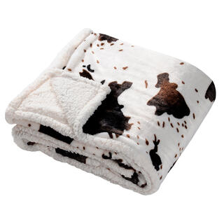 Prikrývka s barančekom v dekóre kravskej kože 130 x 150 cm