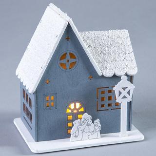 Drevený domček s LED svetielkom
