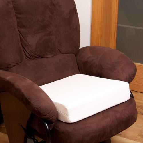 Zvýšený sedák na stoličku